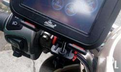 GoCruise 3.5inch GPS with Motorcycle/Bike handlebar