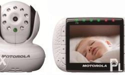 Motorola deluxe baby monitor video and sound monitor