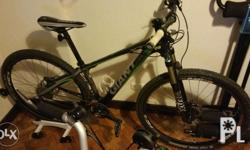 Mountain Bike: Latest all Carbon Fibre frame which