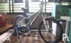 2nd hand mountain bike with complete branded