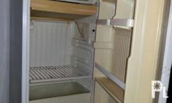 National Brand Refrigerator 5 cubic....door freezer