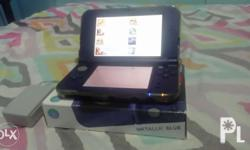 Selling my New 3ds XL CFW. Unit comes with box, manual,