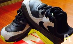Size 7c in a very good condition,no dents/scratch w/