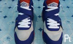 CB34 - Collectors item Size - 9 (US size 9.5 feet are a