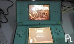 Nintendo ds lite in very good condition with 2 free