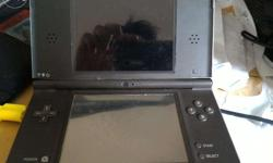 Good working condition Nintendo DS XL with R4i/2Gb