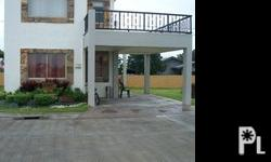 OAKWOOD HOUSE MODEL SINGLE ATTACHED HOUSE AND LOT @