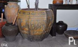 Old Large Chinese Jar. Free Delivery within Cebu.