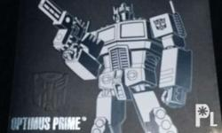 Brand new and unopened Optimus Prime Deluxe Class SE-01