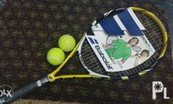 Black,white and yellow color with free 2 tennis ball