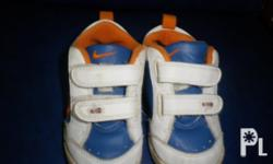 I'm selling my son's Original Nike shoes ( Low-Cut)