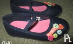 FOR SALE Shoes for 2T to 4T * good brand * reason to