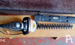 Electric powered hedge trimmer Specifications included