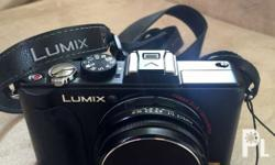 Panasonic Lumix LX5 Good As New Complete with Box,