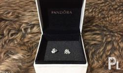 Pandora Earrings in great condition. Rarely used