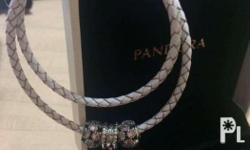 Authentic and brandnew with 3 charms Inclusions: box,