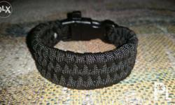 Paracord bracelet w/ whistle type III 550 paracord 7