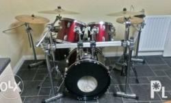 Selling my drum set. All parts are made of pearl