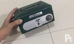 Green cash box Php499 original mall price Mode of