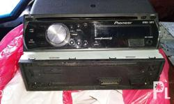 Pioneer DEH-2200UB CD Receiver with iPod Direct Control