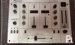 Pioneer djm 300 dj mixer Good condition 5500 only Call