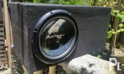 For Sale Subwoofer with Carpeted L-Ported Box with