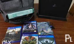 1TB 5 games Charging dock 2 contollers Ps bag Headset
