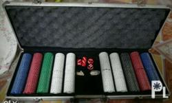 un used poker set. with 500 diffrent colors of chips.