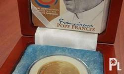 Limited commemorative Pope Francis Coin 500