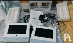 "For sale only Portable dvd player Dual screen 17"" 75cm"