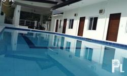 Blue Laguna Resort Amenities: � Adult pool 4ft to