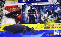 Mint condition ps4 complete with box: 1 controller, 1