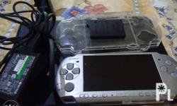 Selling PSP 3000 in good condition complete with