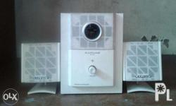 Raphaie mini speaker made in japan 110v 2nd hand pwed