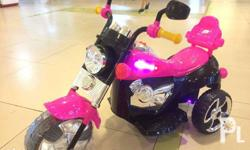 Rechargeable Motorbike 3-7 yrs old Can carry up to