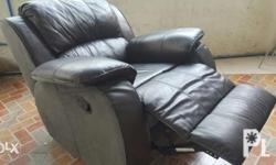 Manual Recliner with microfiber leather Easy to clean