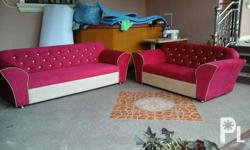 Red cardinal sofa tufted design Made of good lumber