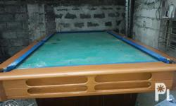 Refurbished standard billiard table Free accessories