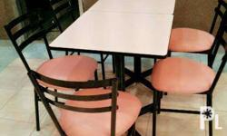 Customized restaurant tables and chairs at very