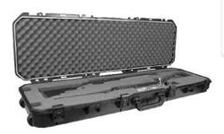 Selling my unsused double rifle scope rifle case/shot