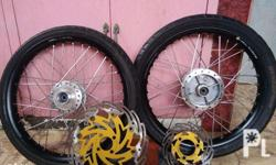 1.4 rim front and back. ( for raider 150) Kasama n po