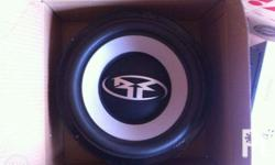4 rockford fosgate 6.5 inches speakers P8000 10 inch