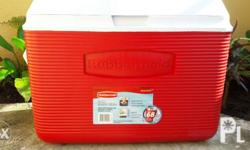 For Sale Rubbermaid Cooler!!! Location: Charito Heights