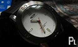 I'm selling my pre-loved wristwatch. Fitted only, NEVER