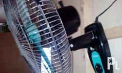 Selling camel wall fan in good condition one month use