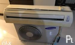 Samsung 2,5 HP split type aircon Mint condition with