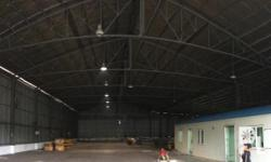 WAREHOUSE FOR LEASE Details Location : San Pedro,