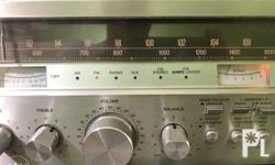 For sale original Sanyo am/fm quartz receiver 2050 in