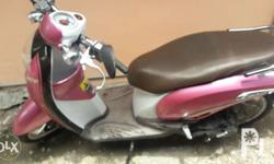 honda 2014 model ,pink scoopy ,good condition,automatic
