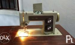 Sears Kenmore Sewing Machine with housing, 110/120